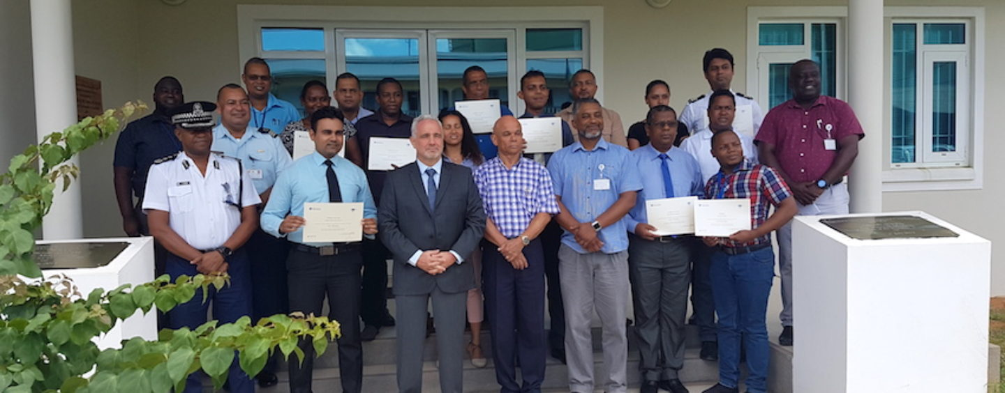 Seychelles & Maurice : certification d'analystes du domaine maritime